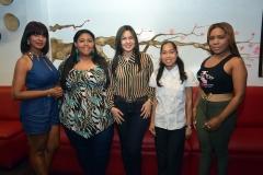 2.- Leidy Perez, Rita Perez, Elizabeth Fondeur, Maria Mercedes y Gissel Castro.