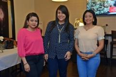 3.- Yaelsy Suero, Lisbel Sanchez y Yakayra Suero.
