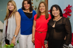 4. Arianny Guerrero, Alba Lorenzo, Kenia Lorenzo y Jenny Ramirez