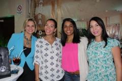 8.Giselle Muñoz, Johanna Feliz, Mariela Mercedes y Karina Victoriano