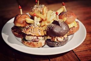 1.-Tasting Sliders (mini hamburguesas)