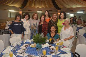 FOTO 2 Socias del Club Naco durante el desayuno de sus 58 aniversarios