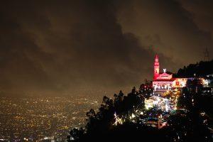 Monserrate, uno de los hermosos lugares que visitarán los amigos en su tours por Bogotá
