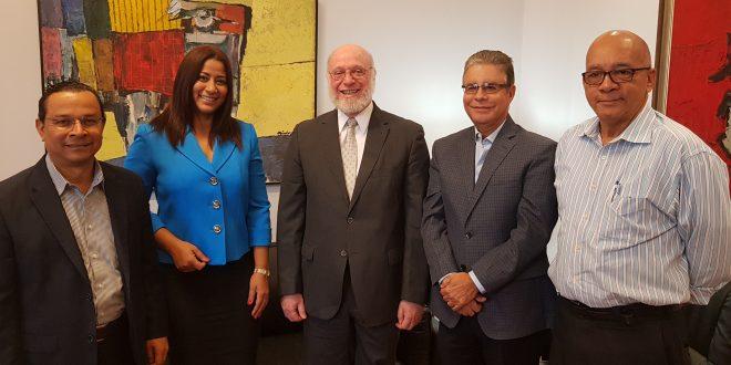 Ministerio de Cultura y Adompretur acuerdan proyectar monumentos históricos y primicias de América en RD