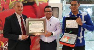 """Acrópolis Center primer establecimiento del país  certificado como """"Instalación Cardioprotegida"""""""