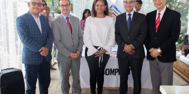 Adompretur presenta Jurado y anuncia novedades de la edición 2018 del Premio de Periodismo Turístico
